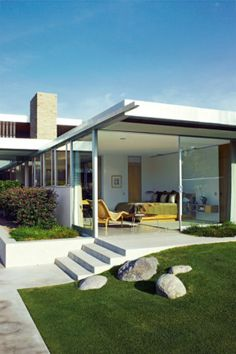 Richard Neutra. Kaufmann House.1946. Palm Springs, California.