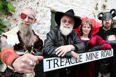 Terry Pratchett and some fans