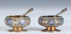 Gustav Gaudernack for David Andersen. Gilt silver and enamel salts with matching spoons ca 1895