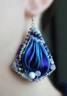 Selene Dangle Earrings OOAK Shibori silk ribbon by MedeaGioielli