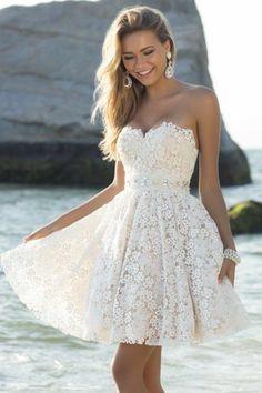 727497a8318 Il est temps de ressortir de la garde-robe votre robe d été!
