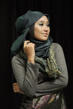 Make up & Hijab by @Carolinasepteritabeauty - Wardah Cosmetic. Wardah Brand Ambassador: Dian Pelangi