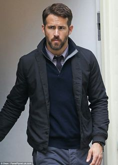 Ryan reynolds business casual