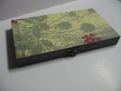 Gray Tan and Red Dandelion Antiqued Magnetic Freedom Makeup Palette to hold eye shadow, blush, powder and lip pans!