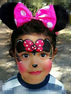 Kids Face Painting Easy, Face Painting Tips, Face Painting Tutorials, Face Painting Designs, Diy Painting, Mickey Mouse Face Painting, Disney Face Painting, Mask Face Paint, Face Paint Makeup