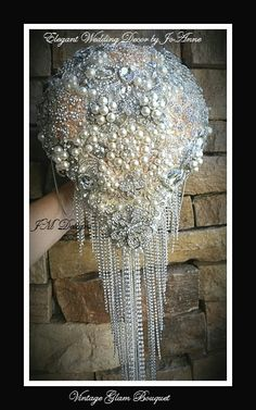LUXURIOUS BROOCH BOUQUET- Deposit Only for 9 inch Custom Gold Silver Brooch Bouquet, Brides Jeweled Bouquet, Glam Bouquet, Broach Bouquet