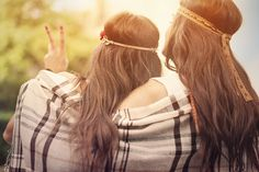 Les deux amies- entrelebleuetlevert.com
