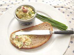 Rezept Sardellenbutter auf Mamas Rezepte Homepage Chutney, Pesto, Snacks Für Party, Baked Potato, Dips, Tacos, Potatoes, Mexican, Ethnic Recipes