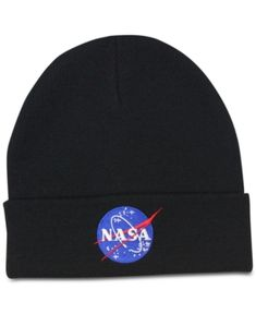 Nasa Block Hat Men's Space Cuffed Beanie - Black - A bright insignia updates this classic from Block Hats, a cuffed beanie in ribbed knit with a lining for extra warmth. Cute Beanies, Cute Hats, Beanie Outfit, Beanie Hats, Nasa Clothes, Hat Blocks, Accesorios Casual, Mode Streetwear, Hats For Men