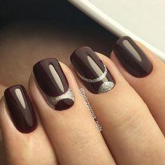 39 simple winter nails art design ideas 23