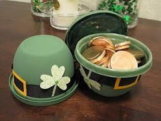 DIY Leprechaun hat filled with gold coins