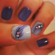 Glam Feather Nail Art
