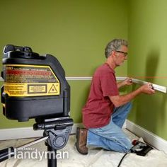 Whether you're tiling a bathroom, remodeling a kitchen, or hanging pictures, you'll love the speed and convenience of a laser level. Here are some tips to get you started: