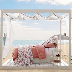 Good morning! It's a sunny, beautiful day in SF, but we still wish we'd woken up in this beautiful bed! #riseandshine #dreamingo...