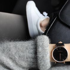 """Rose gold details. #threadetiquette"""