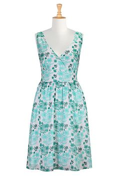 I <3 this Floral print cambric dress from eShakti . . . . (My reward for hitting my goal weight/size will be an eShakti shopping spree)