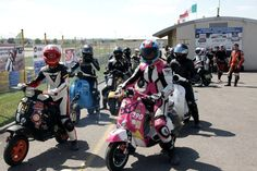 Girls / Mirecourt 2014 Vespa, Challenges, Racing, Motorcycle, Vehicles, Girls, Wasp, Running, Toddler Girls