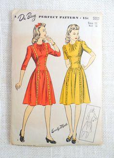 Vintage Pattern DuBarry 1940s shirred by momandpopcultureshop