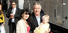 Nasce Rafael Thomas, terceiro filho do ator Alec Baldwin #Ator, #Atriz, #Casamento, #David, #Filha, #Instagram, #SegundoFilho, #Show, #SP http://popzone.tv/nasce-rafael-thomas-terceiro-filho-do-ator-alec-baldwin/