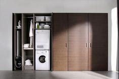 Cuisine escamotable design en bois fonce rangements interieurs