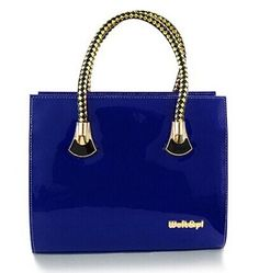 Casual Style Women's Tote Bag With PU Leather and Zip Design Color: PURPLE, DEEP BLUE, PINK, RED, BLUE, BLACK Category: Bags > Women's Handbags > Tote Bags   Handbag Type: Totes  Style: Casual  Gender: For Women  Pattern Type: Solid  Handbag Size: Medium(30-50cm)  Closure Type: Zipper  Interior: Interior Zipper Pocket  Occasion: Versatile  Main Material: PU  Hardness: Hard  #navybluehandbagsleather #navybluehandbags #leatherhandbags #womenbags #bridgat.com