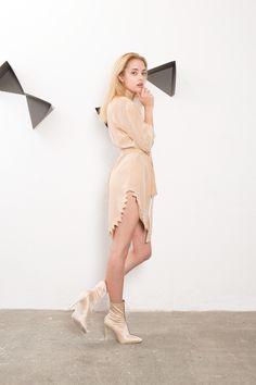 IMRECZEOVA SS18 nude silk dress with zig-zag hem Silk Dress, Wrap Dress, 60 Degrees, Zig Zag, Nude, Dresses, Fashion, Silk Gown, Vestidos
