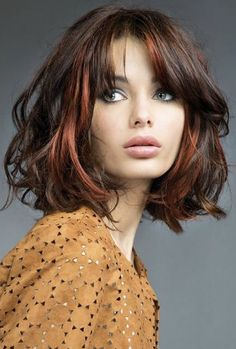 For those looking for a different style: Red blond hairstyles If you want to have your hair dyed and cut or make changes to your red hair, this is for you! Autumn means changing hair color and. Pretty Hairstyles, Bob Hairstyles, Medium Hair Styles, Curly Hair Styles, Grunge Hair, Great Hair, Hair Today, Hair Looks, Hair Inspiration