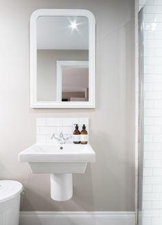 House Rooms, Bathroom Lighting, Mirror, Interior, Furniture, Design, Home Decor, Bathroom Light Fittings, Bathroom Vanity Lighting