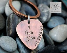 Valentine's Day Gift - Personalized Guitar Pick Key Chain - Custom - I Pick You - Wedding Date - Engagement - Keychain on Etsy, 180:00kr