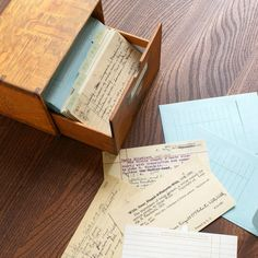 Card Catalog: 30 Notecards from the Library of Congress includes box