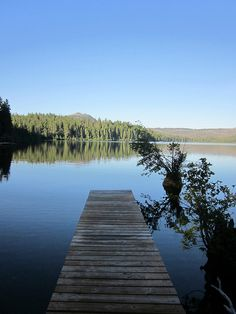 a dock at Suttle Lake, near Sisters Oregon... photo cred @caleforniabyers