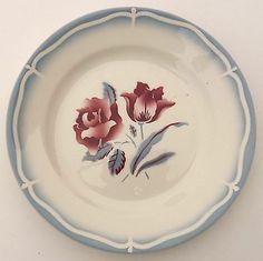 Assiette à dessert, Sarreguemines et Digoin, modèle ALESIA, rose et tulipe rouge