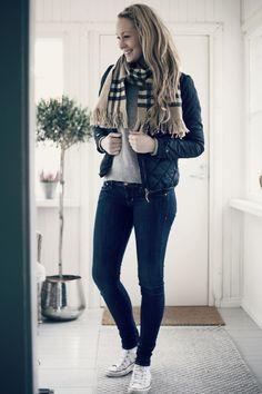 asu arkistot - Page 21 of 301 - Uusi Kuu Autumn Winter Fashion, Fall Winter, Winter Style, Mom Jeans, Hipster, Denim, Chic, Pants, Clothes
