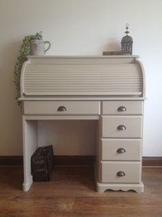 Kuvahaun tulos haulle small rolltop desk shabby