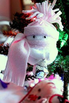 Christmas Ornament, Snowman Ornament, Baby Girl's 1st Christmas, Yule Ornament, Fleece Snow Girl Snowman Decoration, Pretty Pink Snowman Ornament