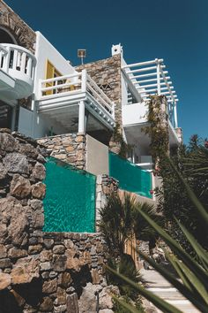 The Kivotos Mykonos Hotel offers Luxury Rooms, Luxury Suites and Luxury Villa accommodations in Mykonos in the famous Ornos beach area. Luxury Suites, Luxury Rooms, Luxury Villa, Ornos Beach, Mykonos Hotels, Private Pool, Luxury Travel, Hotel Offers, Holidays