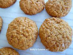 Betty's Cuisine: Μπισκότα με βρώμη, μέλι και καρύδια Healthy Sweets, Healthy Recipes, Healthy Snaks, Baby Cookies, Sweetest Day, School Snacks, Easy Desserts, Sweet Recipes, Oreo