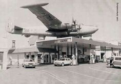 Avro Shackleton, South African Air Force, Vintage Gas Pumps, Passenger Aircraft, Old Gas Stations, Navy Aircraft, Good Old Times, Royal Air Force, Car In The World