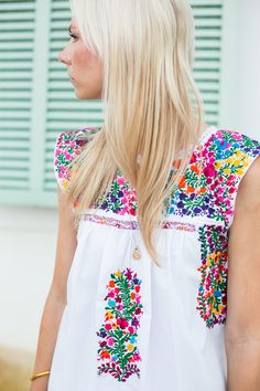 bordado colorido, love it