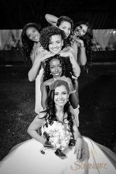 casamento-economico-sao-paulo-ao-ar-livre-estilo-americano-damas-vestidos-iguais-decoracao-com-flores (24)