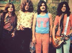 Led Zeppelin  early shot...