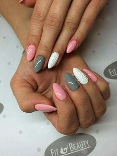Fails design grey and pink toe ideas for 2019 Glitter Gel Nails, Gray Nails, Silver Nails, Pink Nails, Acrylic Nails, Gorgeous Nails, Love Nails, Pretty Nails, Sweater Nails
