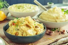 Hjemmelaget potetmos i 3 varianter Potato Salad, Mashed Potatoes, Side Dishes, Food And Drink, Ethnic Recipes, Whipped Potatoes, Smash Potatoes, Side Dish, Shredded Potatoes