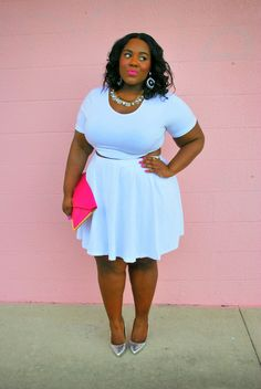 Musings of a Curvy Lady: Belly Jelly #MusingsofaCurvyLady #womensfashion #plussizefashion #fashion #style #ootd #allwhiteoutfit #awe #curvy #curvystyle #fashionblogger #bellyjelly #croptop #skaterskirt