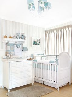 Quartinho de bebê da Lilibee na revista Casa&Ambiente! Confiram! Ed.68 págs 50,51 e 52 - Nóbile Malva, quartinho pro seu príncipe.