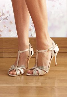Oh we love these glamorous ballroom vintage-style shoes! Great idea for bride or bridesmaids! Alternative to white is blush pink - with a hint of sparkle too!