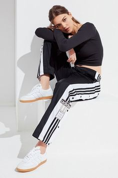 Slide View: 1: adidas Originals Adicolor Oversized Tear-Away Track Pant