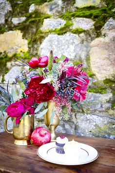 Florals by Huckleberry Karen, Angie Capri Photography, Styled by Amanda O'Shannessy of One True Love Vintage Rentals