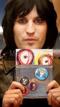 Noel Fielding is a Hair Icon: A Timeline - hope they're staying glued together