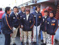 1972-Brands Hatch-Scuderia.Ferrari 312 PB - amazing photograph - ferrari sports car manager ? - Brian Redman, Ronnie Peterson, Clay Regazzoni, Tim Schenken,  2 kids (jacky Ickx  Mario Andretti) !